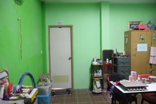 Door from girl's bedroom to bathroom.